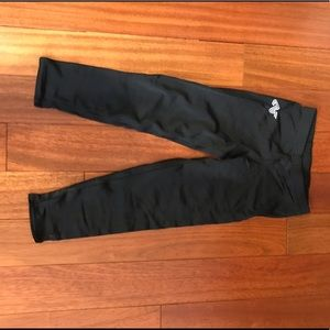 alpha factor cropped leggings